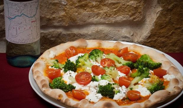Porto di Mare - Ristorante Pizzeria Gelateria Italiana